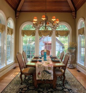 Architect Don Klinger designed a dining room that captures the architectural details of the colonial era, plus provides the feeling of being one with nature.