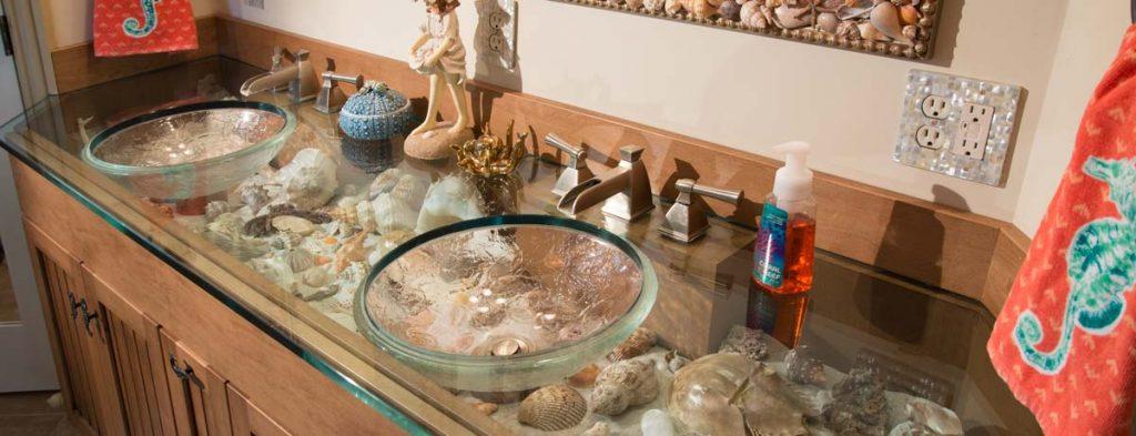 Andrea Schopf: She Collects Seashells by the Seashore
