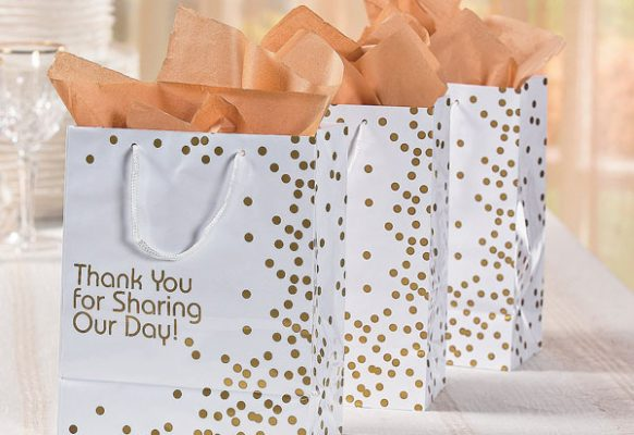 medium-gold-wedding-dot-gift-bags-13674630-a01